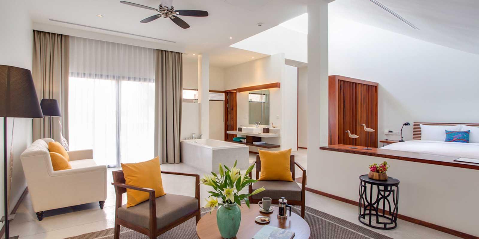 The-Aviary-Hotel_1600x800